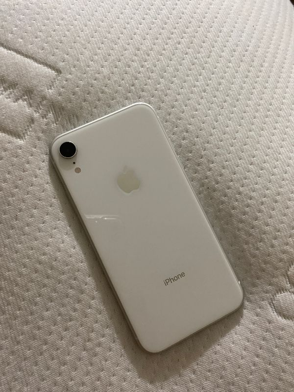 Apple iPhone XR 64GB *WHITE * 🤗 +CLEAR&GOLD Casemate Case