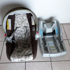 Graco Baby Car Seat for Sale in Elmwood Park, IL