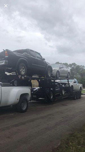 Trailes de 4 carros es un Appalachia del 2014 en perfectas condiciones 6 gomas nuevas los 6 frenos nuevos las2 baterías nuevas el winche nuevo todo e for Sale in Miami, FL