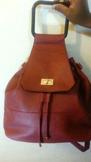 Burgundy convertable purse for Sale in Pico Rivera, CA