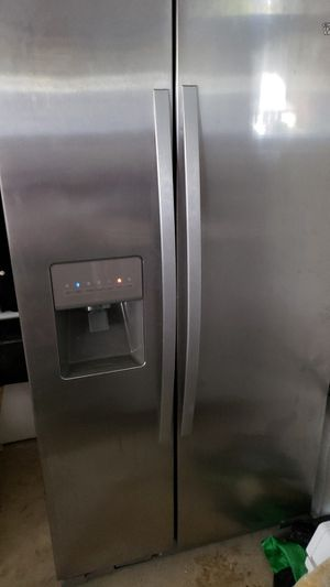 Stainless steel Whirlpool with icemaker and water filter for Sale in Madison Heights, VA