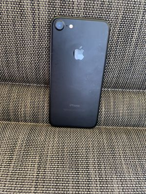 UNLOCKED IPHONE 7 32Gb / LIMITED STOCK 🚨 for Sale in Lauderdale Lakes, FL