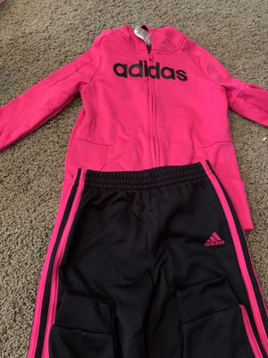 Kids adidas track suit set (size youth 6) for Sale in Woodland, CA