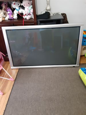 55 inch flat screen tv for Sale in Cuyahoga Falls, OH