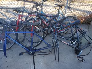 Bicycles for parts or repair for Sale in Lockport, IL