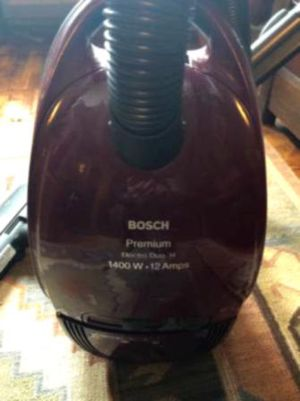 HIGH POWER BAG LESS VACUUM CLEANER for Sale in Arlington, KY