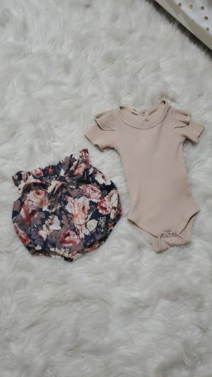 Baby girl outfit 6-12 months for Sale in Las Vegas, NV