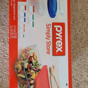 New Unopened Pyrex 18 Pc Glass Storage Set for Sale in Fond du Lac, WI