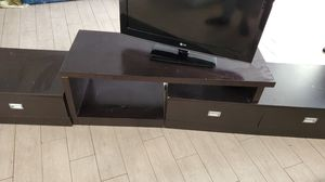 TV Stand with 36 inch LG tv for Sale in North Lauderdale, FL