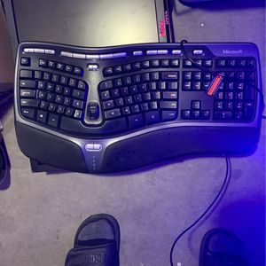 Ergonomic Keyboard for Sale in March Air Reserve Base, CA