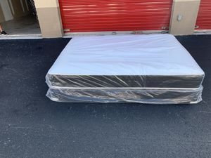 New Queen Regular Mattress and Box Spring Set for Sale in Pompano Beach, FL