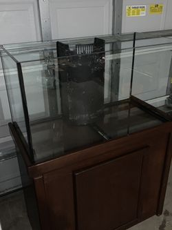 65 Gal Salt Water Fish Tank for Sale in Cape Coral,  FL