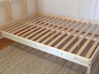 Full Size Wood Bed Frame for Sale in Portland,  OR