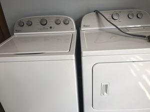 Whirlpool washer and dryer 2017 for Sale in Nashville, TN