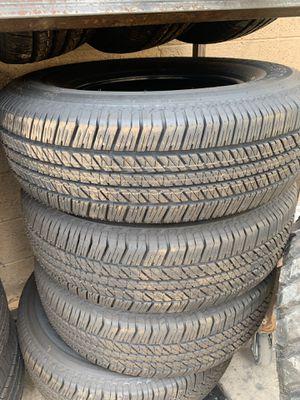 255/70/18 Bridgestone hwy tire for Sale in Arlington, TX
