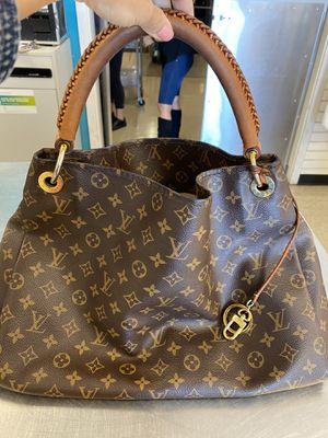 Louis Vuitton Artsy MM bag for Sale in Las Vegas, NV