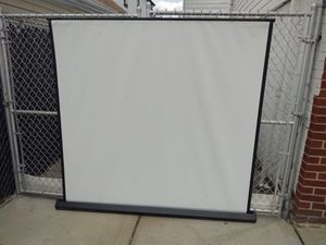 Projector Screen white 5.5' x 5.5' for Sale in Queens, NY
