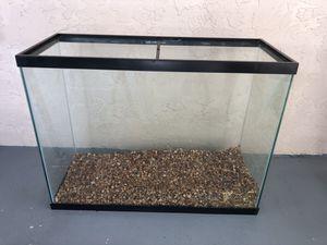 37 gallons fish tank for Sale in Miami, FL