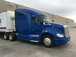 Kenworth Semi Trucks for sale T680 for Sale in Anaheim, CA