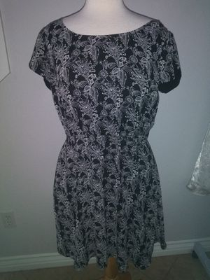 Womens large summer dress with pockets for Sale in Mesa, AZ
