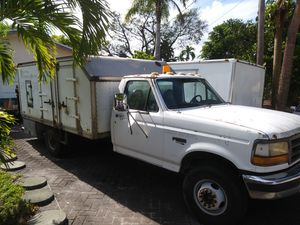 Ford F450 Superduty box truck w/ Lift for Sale in Fort Lauderdale, FL
