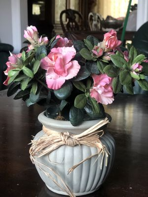 Flower vase for Sale in Franconia, VA