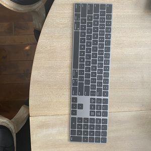 Apple keyboard Black for Sale in Newport Coast, CA