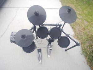 Electric Drum Set for Sale in Gibsonton, FL