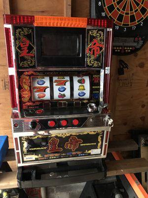 Slot machine 600 for Sale in Bloomfield, NJ