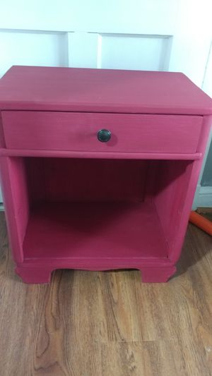 Antique Accent/End Table for Sale in Baltimore, MD