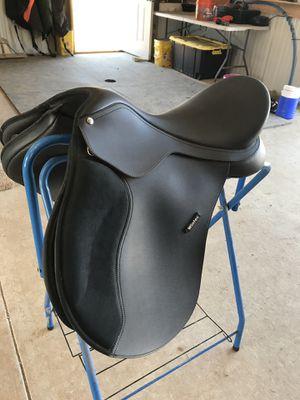 Wintec all purpose saddle for Sale in Pulaski, TN