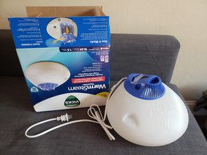 Vicks humidifier for Sale in Sunnyvale, CA