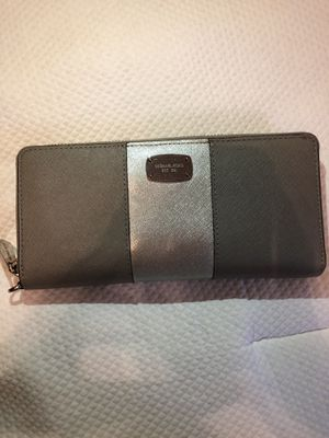 Michael Kors Wallet for Sale in Raleigh, NC