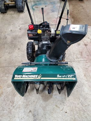 Snowblower 5hp 22inches wide electric start for Sale in Edinboro, PA