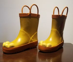 Used Raining Kid Boots size 7 Original Disney Store for Sale in Fort Lauderdale, FL