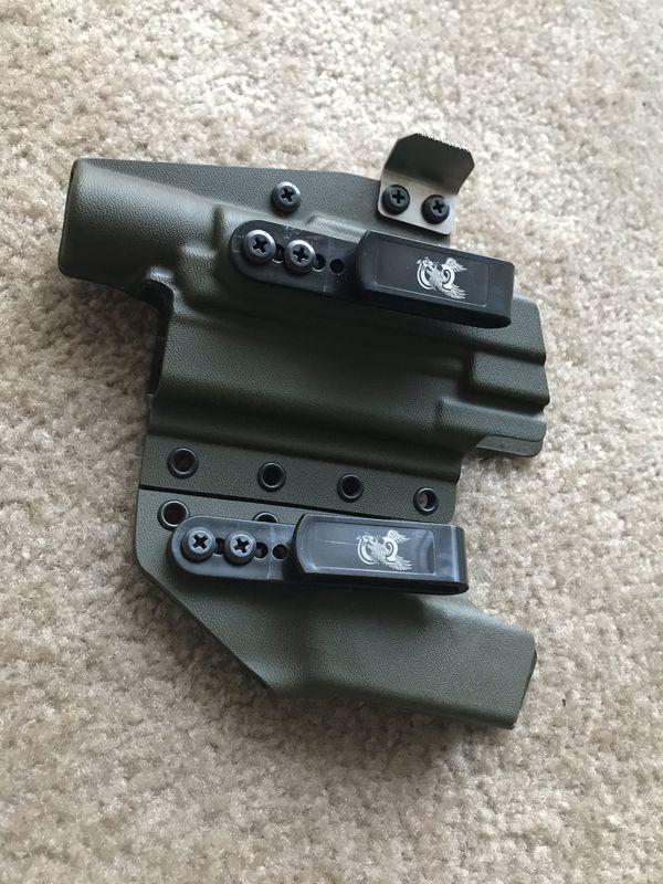 Standard Co USA Glock 19 w/ Surefire x300 Holster