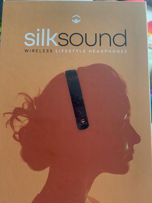 Silk sound Bluetooth headphones for Sale in FL, US