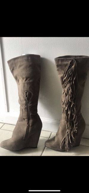 Taupe Fringe Wedge Boots - Sz 7 for Sale in Santa Ana, CA