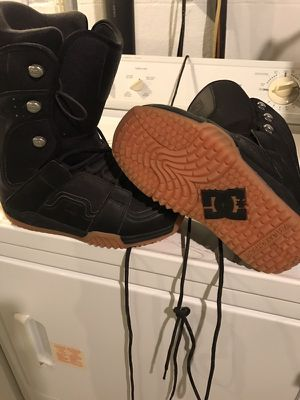 DC Snowboarding boots - brand new never worn - size 9.5 for Sale in Pittsburgh, PA