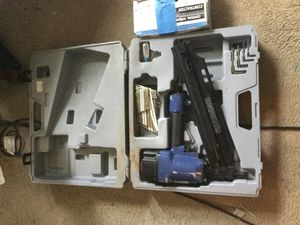 Air framing nailer...with box nail....ready to put up that wall...this framer nailer gun with box of nails will help you..for the low low of 65$ firm for Sale in Orlando, FL