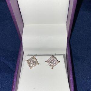 Diamond 10k earrings for Sale in Hayward, CA