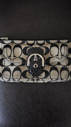 Wristlet for Sale in Columbus, OH