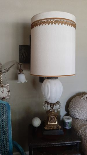 Large Vintage lamps. for Sale in Fresno, CA