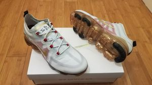 Nike Air Vapormax size 10 for Men. for Sale in Paramount, CA