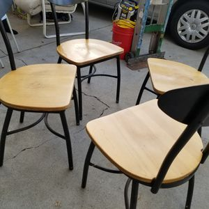 i have 4 Restaurant Heavy Duty Chairs for Sale in La Puente, CA
