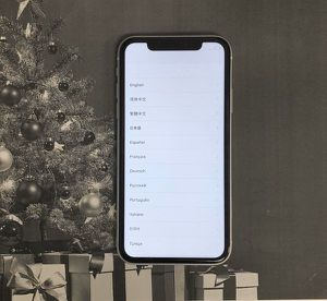 Apple iPhone XR White AT&T Cricket for Sale in Renton, WA