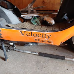2008 Titian Velocity 150cc Scooter for Sale in Kirkland, WA