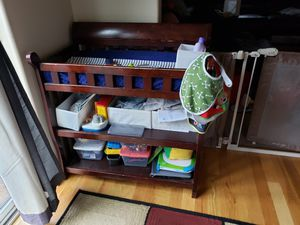 Changing table & changing pad w/ cover for Sale in Newberg, OR