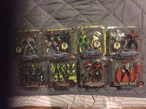 Toybiz Spiderman The Animated Series Lot of 8 Action Figures, Used In Bubble for Sale in Malden, MA