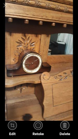 VINTAGE FORESTVILLE MANTEL CLOCK for Sale in Lynchburg, VA